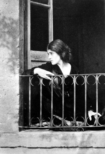 tina_modotti_edward_weston_1923.jpg